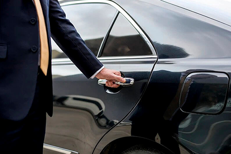 Executive Car service in Woking